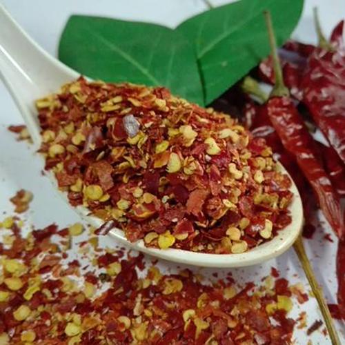 Produces and sells Jinda chili powder
